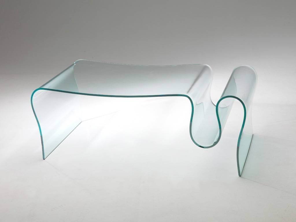 Table basse de salon en verre courb dharma for Table de salon plexiglass