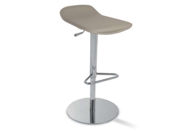 Cortina High stool covered in bonded leather or genuine leather