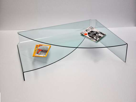 Coffee table in curved glass for living room Spectaculaire