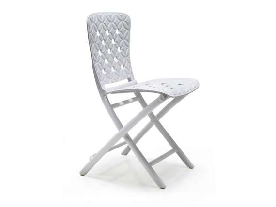 Zac Spring folding chair in polypropylene