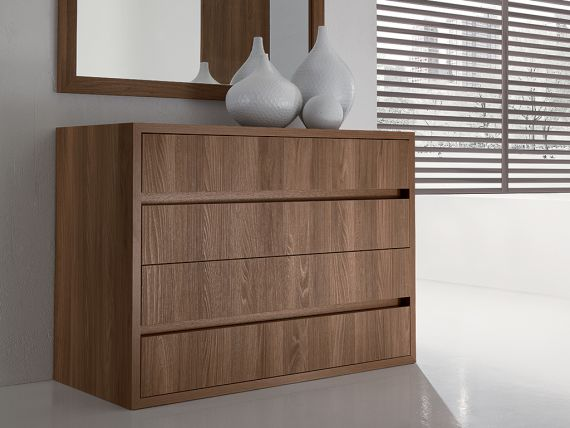 Dresser with four drawers Spazio
