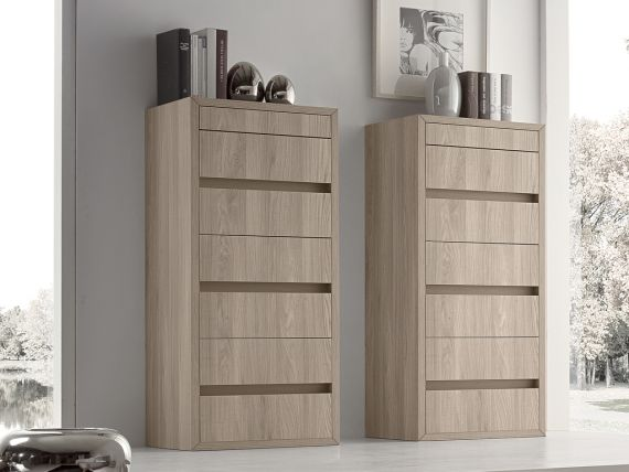 Dresser with seven drawers Spazio