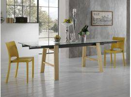 Extendible table in glass with legs in wood Queen