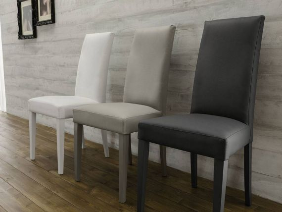Nelly chair in solid beech wood and leatherette