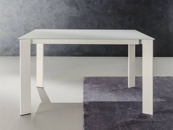 Global 160 extending table