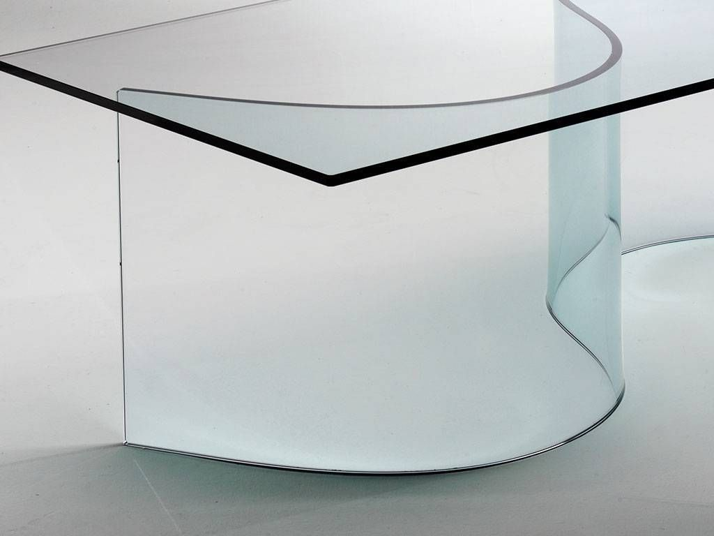 Table basse en verre courbe for Table de salon en verre