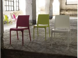 Step polypropylene one piece chair