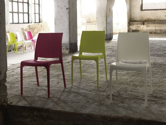 Move polypropylene one piece chair
