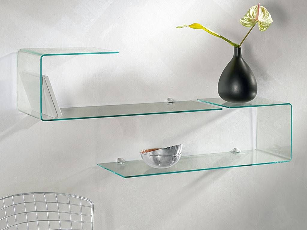 geformtes regal aus glas flexi