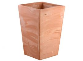 Smooth trapezium pot 049 terracotta pot