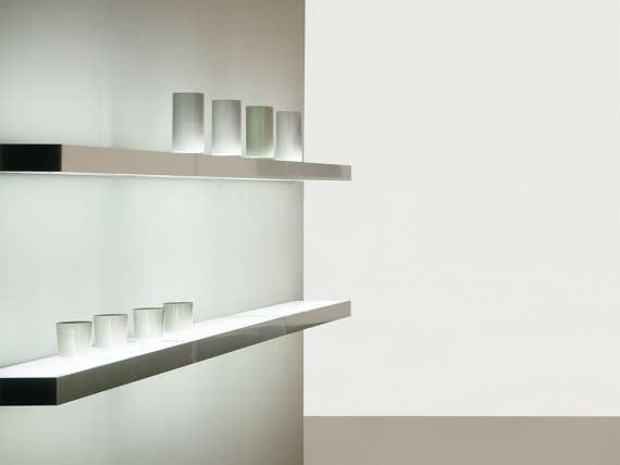 LED light shelf with switch Brandt
