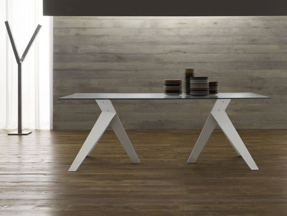 Fly Vetro oak and glass table