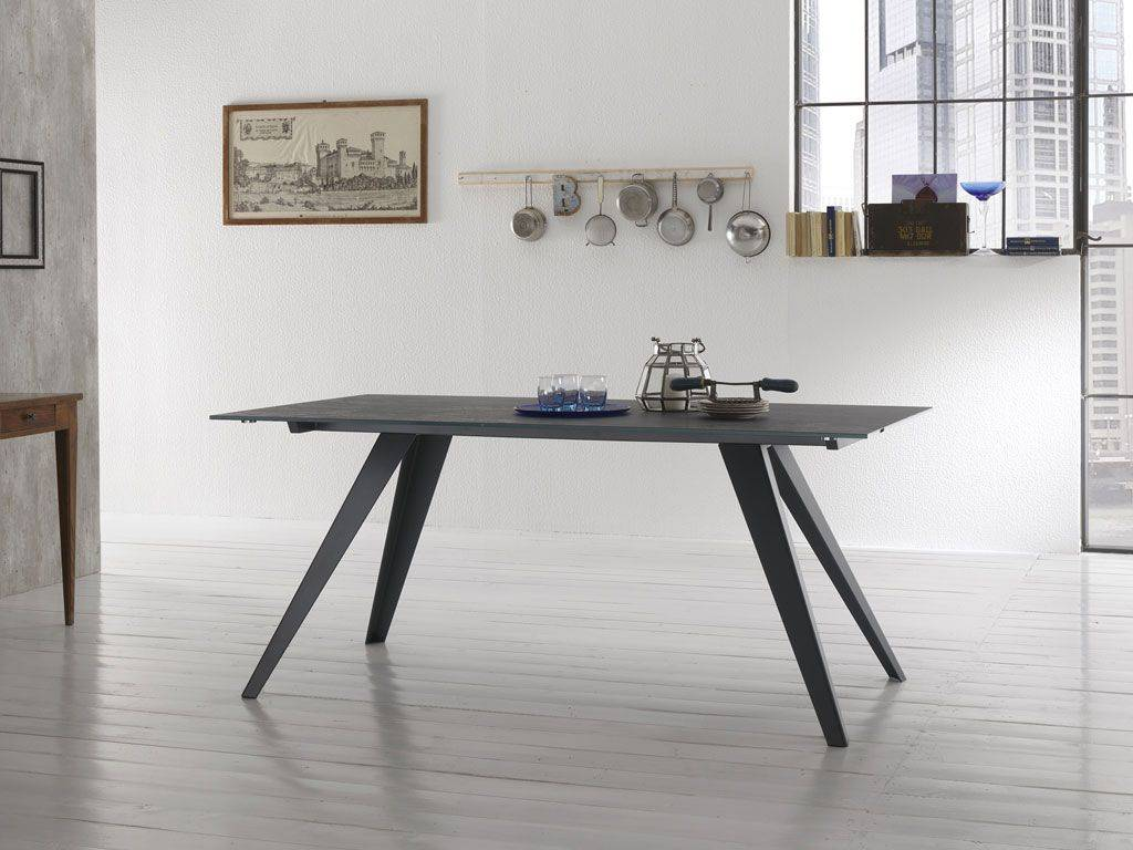 table in glass with structure in metal dart. Black Bedroom Furniture Sets. Home Design Ideas
