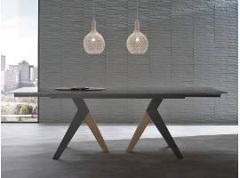 Light extending table in glass