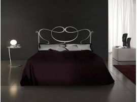 Wrought iron bedDelage