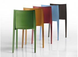 Stackable plastic chair with armrest Nassau