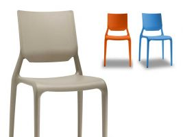 Colored chairs dining Sirio