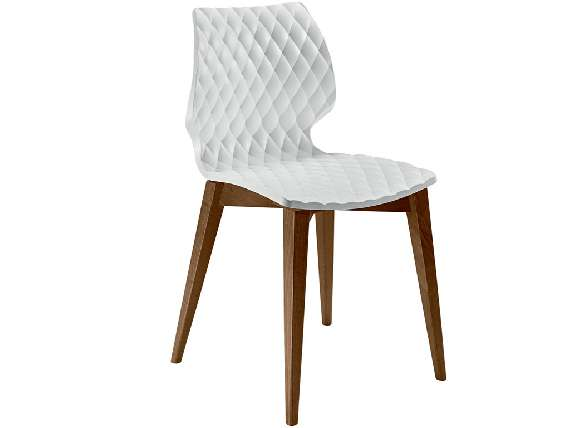 Uni 562 Polypropylene chair with wooden legs
