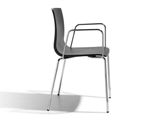 Chair with armrests Alice
