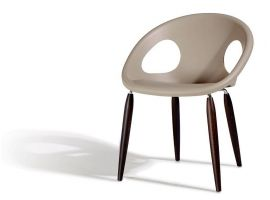 Armchair in wood and technopolymer Natural Drop