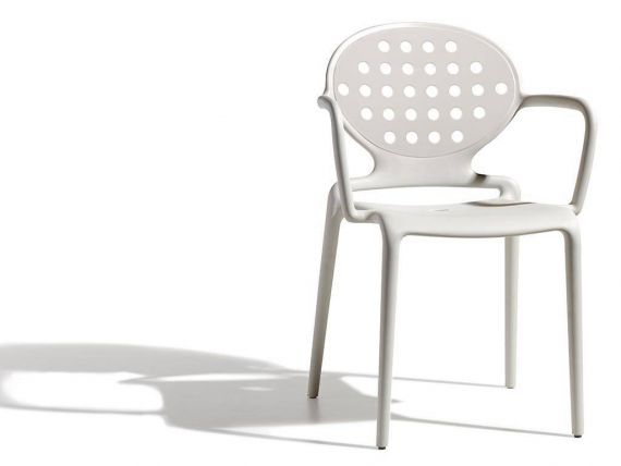 Colette chair with armrests