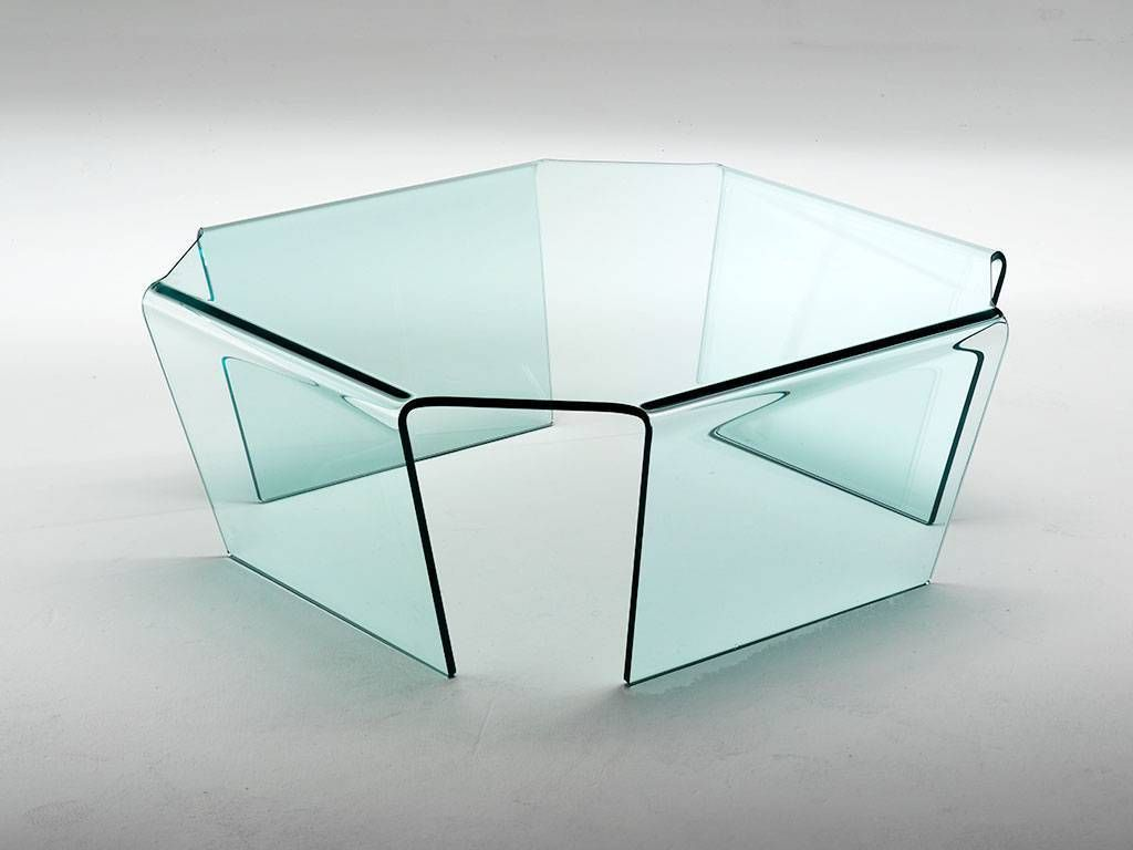 quadra coffee table in curved glass