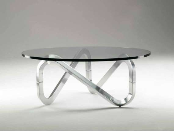 Libra coffee table with aluminum base